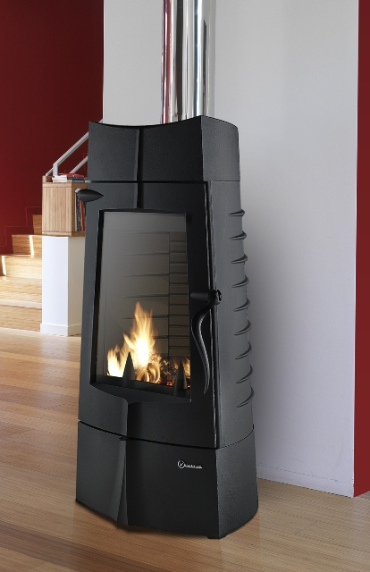 Invicta Chamane cast iron wood burning stove